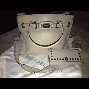 Michael Kors Whipped Hamilton Handbag Cement